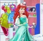 Ariel grávida arrumar quarto