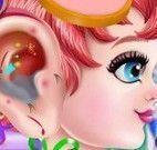 Bebê cuidar do ouvido