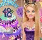 Barbie 18 anos vestir roupas
