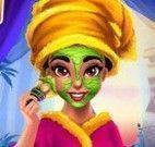 Limpeza facial da princesa Tiana