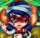 Bebê Ladybug machucada