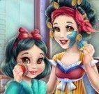 Branca de Neve e filha limpeza de pele
