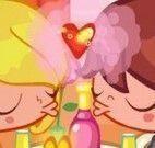 Beijo no jantar dia dos namorados