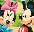 Erros no cenário do Mickey e Minnie