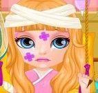 Barbie bebê no hospital
