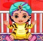 Princesa Jasmine cuidar da bebê