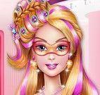 Super Barbie no cabeleireiro