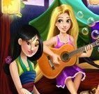 Princesas no acampamento