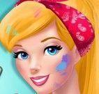 Barbie pintar closet