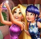 Selfie em Paris Rapunzel e Miraculous