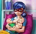 Parto de gêmeos Ladybug