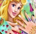 Princesa Aurora unhas decoradas