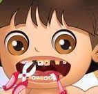 Bebê Dora no dentista
