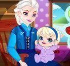 Vovó Elsa e bebê