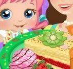 Mamãe e bebê fazer torta de maça