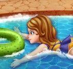 Nadar na piscina com Sofia