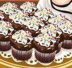 Cupcakes de chocolate com recheio de baunilha