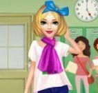 Menina volta as aulas