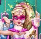 Super Barbie no hospital