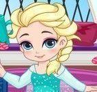 Preparar bebê Elsa para esquiar