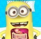 Cirurgia do estomago do Minion