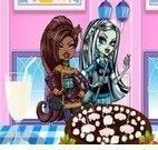 Decorar bolo de chocolate das Monster High