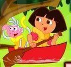 Dora limpar rio
