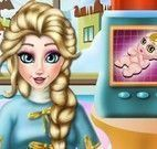 Elsa na maternidade