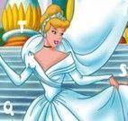 Alfabeto oculto da princesa Cinderela