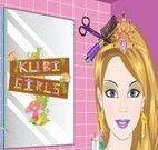 Vestir, maquiar e arrumar o cabelo da Barbie