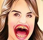 Dentista Selena Gomez