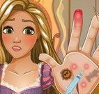 Rapunzel cuidar das mãos