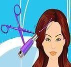 Arrumar o cabelo e vestir a modelo