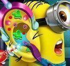 Médico de ouvido do Minion