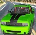 Corrida de carro na pista