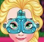 Elsa consulta com oftalmo