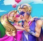 Super Barbie e namorado