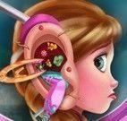 Anna médico do ouvido