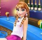 Anna depilar perna e maquiar