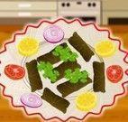 Fazer salada de legumes e folhosos