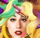 Lady Gaga no cabeleireiro