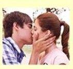 Quebra cabeça beijo da Violetta e Leon