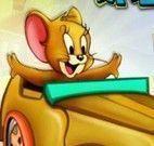 Jerry dirigir carro