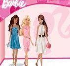 O guarda roupa da barbie